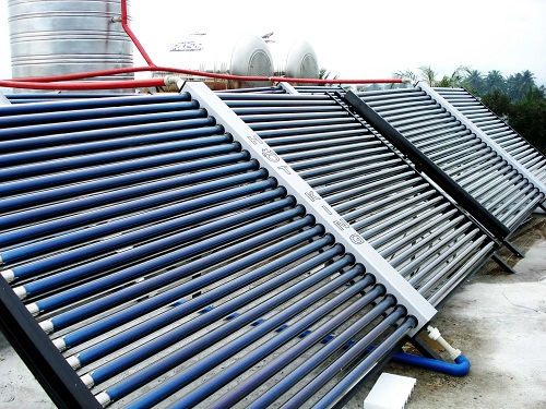 Hệ thống dùng Lò hơi & Bình nước nóng năng lượng mặt trời